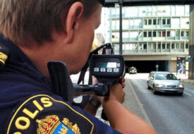Det enkla knepet gör att Polisen ALDRIG kan ge dig fortkörningsböter!
