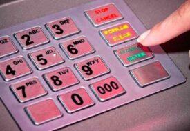 Tjuvarnas senaste sätt för att stjäla din pin-kod kommer chocka dig. Detta är HEMSKT!