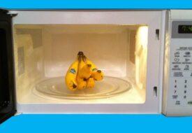 Hon lägger bananer i micron. Resultatet? Så otroligt smart!