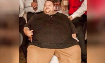 Han vägde över 300 kg och kunde inte lämna huset! Men se hur han ser ut 600 dagar senare!